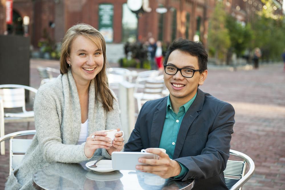 Mobile Millennials: SMS Is The Bridge Between Online And Offline